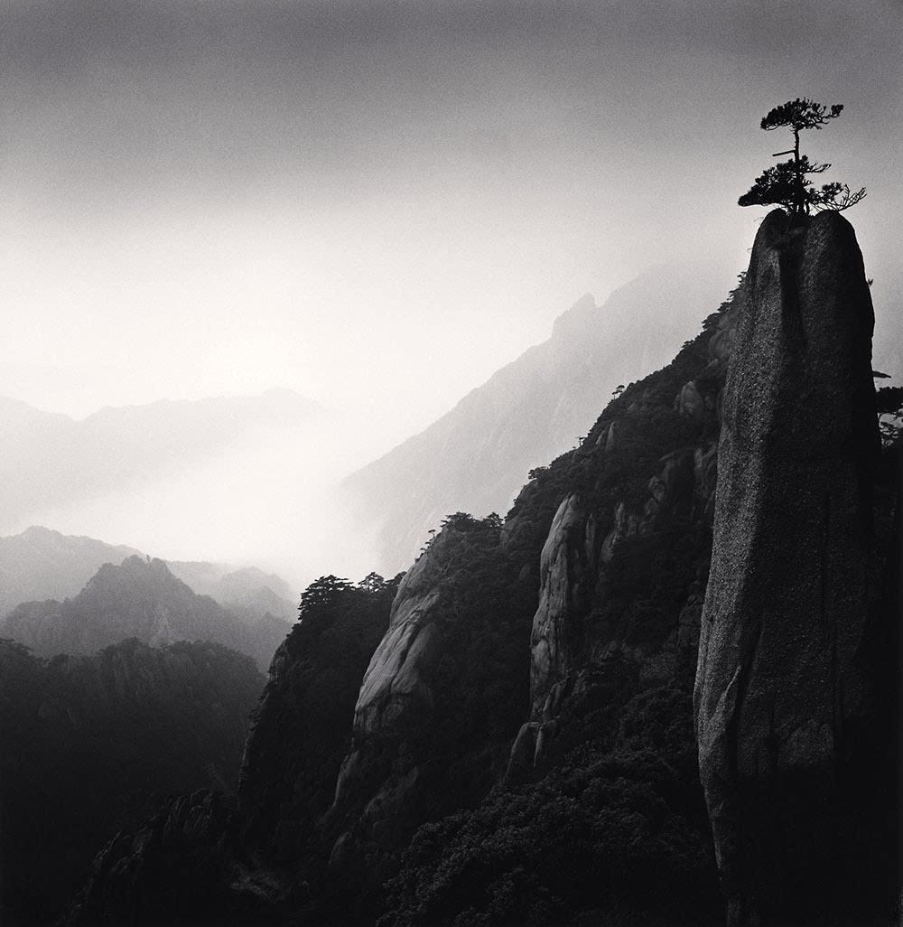 用黑白描绘中国风光的英国摄影师