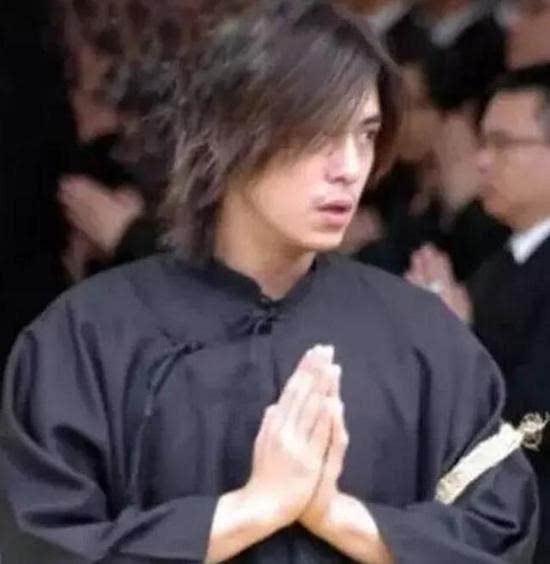 竹联帮陈楚河_而也是在这次葬礼上,网友们才广泛得知陈楚河的黑帮\