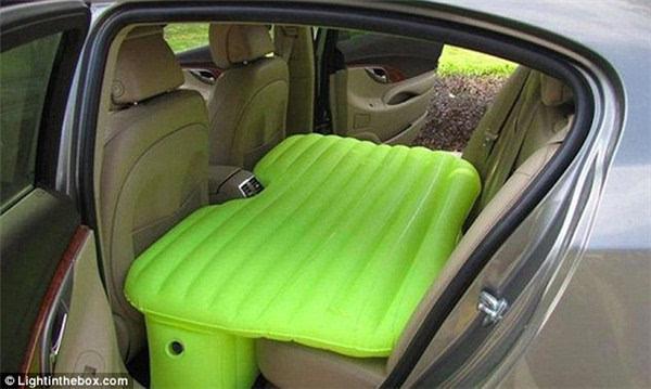 自驾游神器汽车后座气垫床令旅途更舒适_凤凰彩票是正规的吗