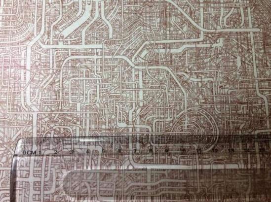 花费七年时间手绘的超复杂巨幅迷宫