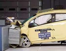 汽车工程师们是如何测试一款车的安全性的?