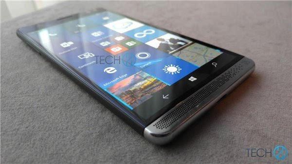 Continuum是所有采用Windows 10 Mobile操作系统手机都具备的功能,该功能可以使Elite X3与大屏显示器配合使用,让手机变身为一台主机形成Windows 10电脑,用户可以像使用电脑一样进行办公等操作。同时,Elite X3也将捆绑销售Mobile Extender配件,该配件的作用就是一个带有电池、键盘以及扩展接口的12.