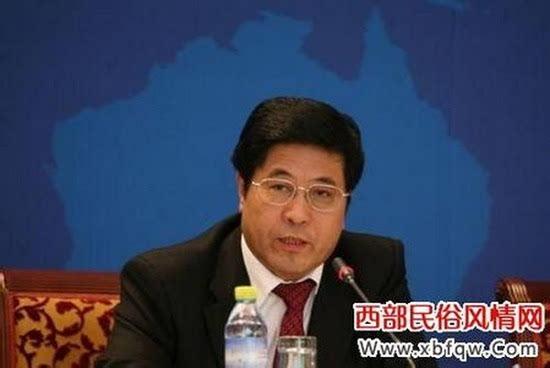 杨成林案开审 挪用6亿多银行公款当庭翻案拒不承认