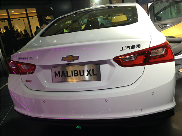 3月18日,雪佛兰新一代旗舰轿车迈锐宝XL在郑州区域上市,来自热爱雪佛兰轿车的客户和河南省几十家主流汽车媒体共同见证这一伟大时刻,迈锐宝XL搭载1.5T和2.5L两种全新动力,总共有6款车型,售价为17.9924.99万元。