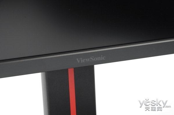 显示器下边框中间依旧印刷有优派viewsonic logo.