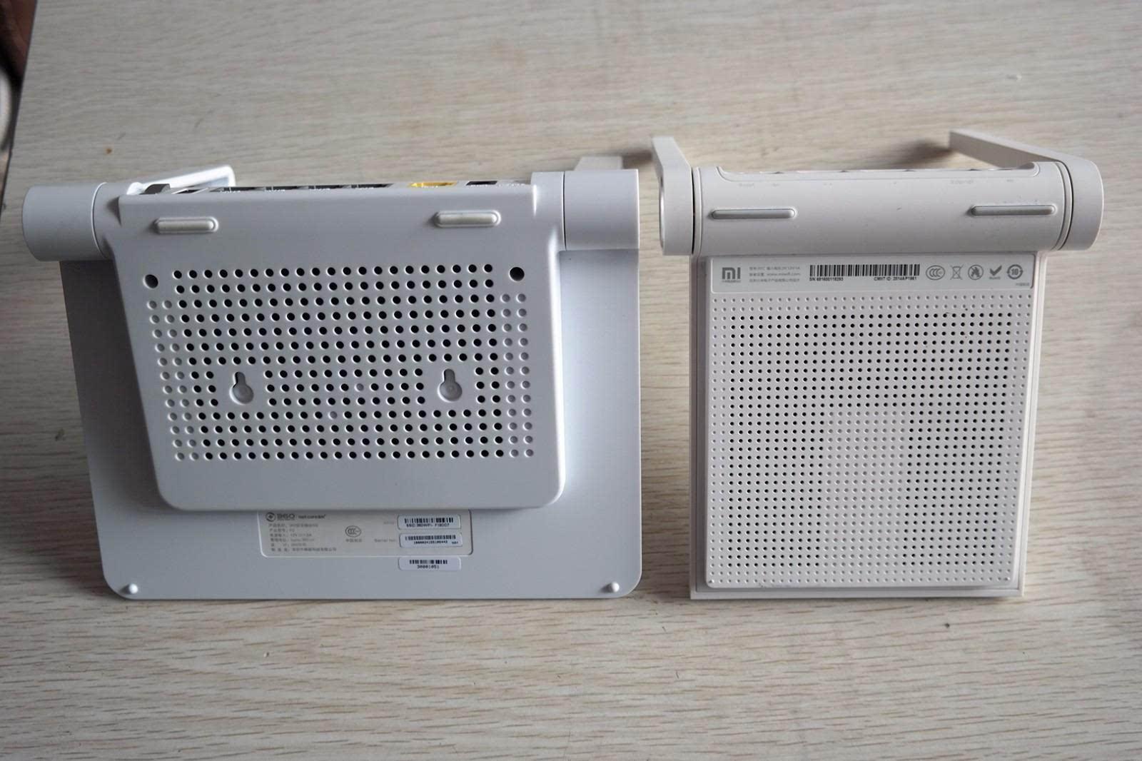 电源适配器和小米路由mini的对比