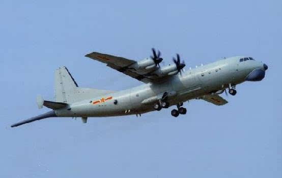 中国空军巨无霸消失半年再发声 美核潜艇以后