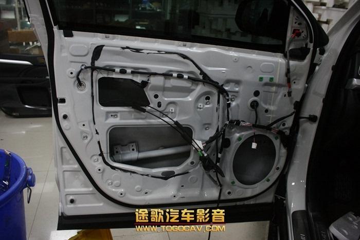 途歌汽车影音:丰田汉兰达音响改装纯正丹麦丹拿音响