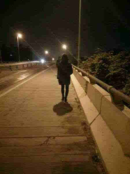 当你晚上打车,走夜路单独外出时,怕怕能让你亲朋好友即刻了解你的出行