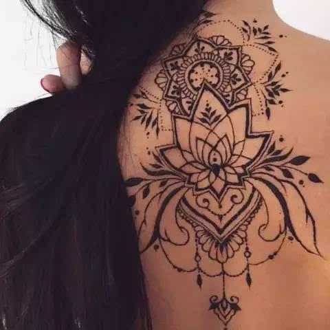 神秘的海娜手绘纹身,来约不?