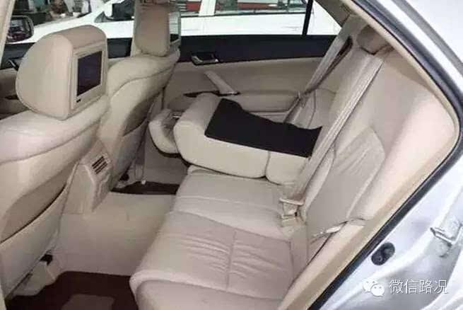 前排座椅比后排安全?是真的!