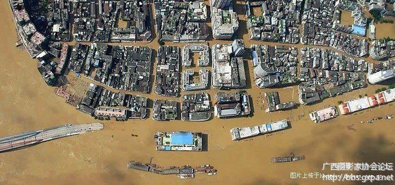 2005年洪水----骑楼城 2005年洪水----梧州生活 2005年洪水----长洲岛