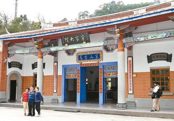 欧式正厅大门图片