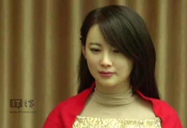 中国首台露馅美女机器人佳佳v美女交互:展示了活高清口美女图片