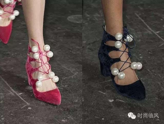 一字鞋带怎么系短图解