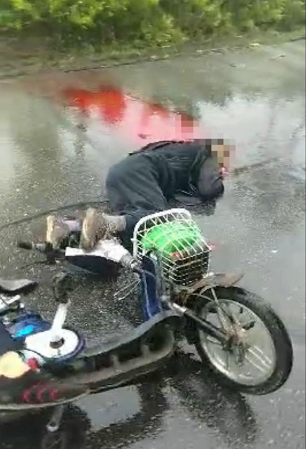 [头条]高邮老夫妻骑电动车宝应遇惨烈车祸!现场还有一图片
