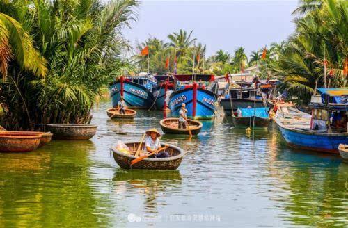 去迦南岛体验越南簸箕船
