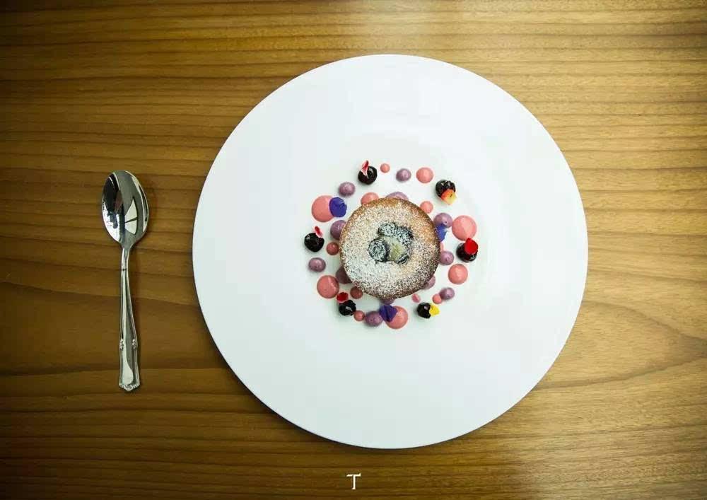 在北京 3 家米其林主厨餐厅,与艺术共进晚餐   F