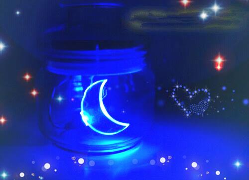 荧光瓶子唯美图片 耀眼瓶子的梦幻美
