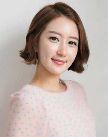 短发弄什么发型好看 韩式短卷发最可爱_美容护肤知识大全_百度攻略图片