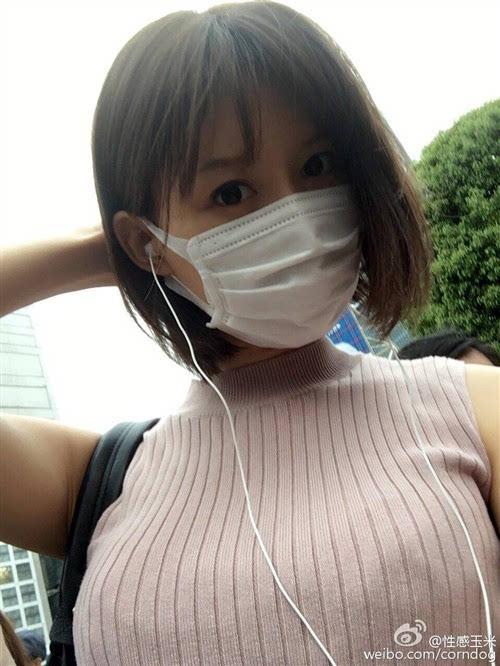 逼大奶子肥_【17】奶子太大我听不到 @性感玉米:为啥日本人特别喜欢戴口罩呢.