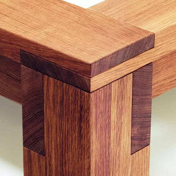 西式榫卯结构虽然简单,但张扬外向,也能体现一种结构之美.