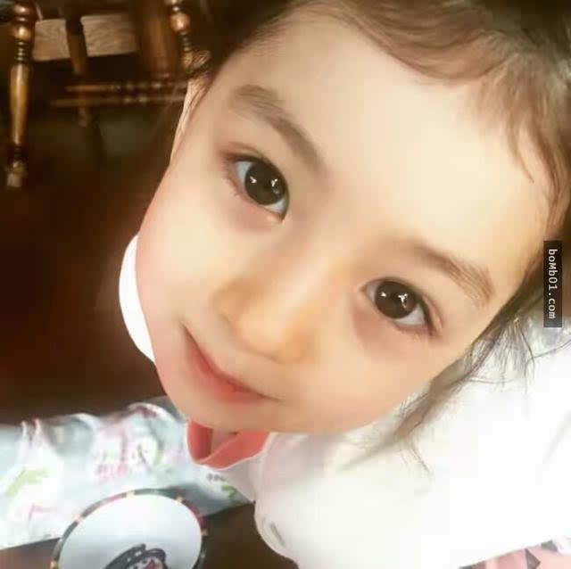 最可爱的韩国小萝莉,看过她照片的每个人心都沦陷了
