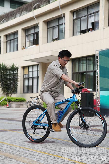 三明供电:职工自行车慢骑比赛