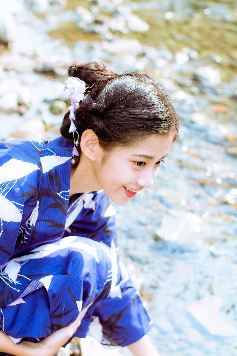 90后马尾辫美女精灵a美女写真(1)美女被和服图片