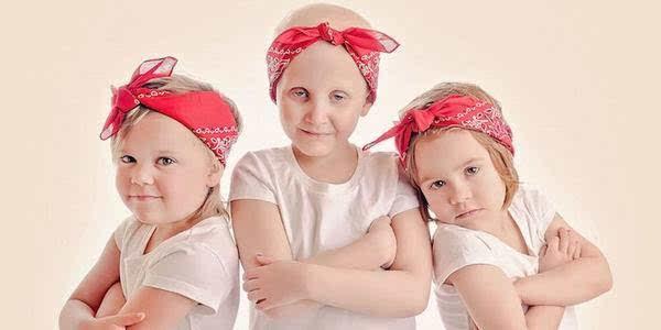 3个小女孩温暖了全世界