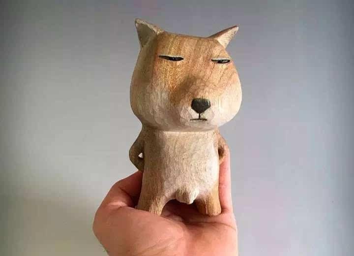 竟把冷木头雕成了搞笑的小动物