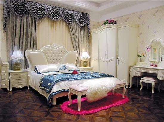 简欧风格,产品以经典的法式家具造型为基础,德国榉木床架,真皮床头