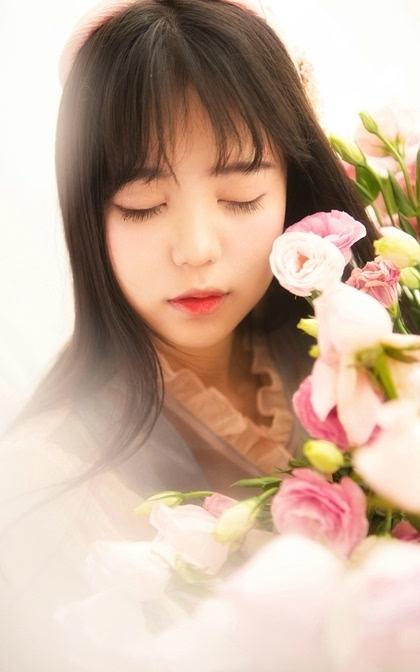 甜美少女日系唯美写真手机桌面壁纸