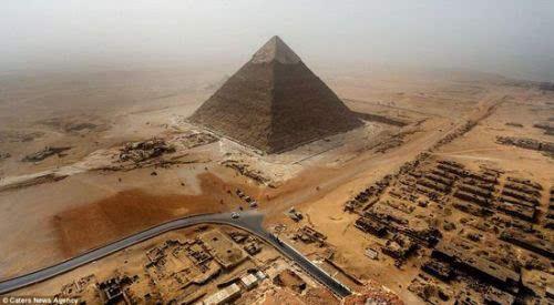 埃及弯曲金字塔内部图曝光:惊现2处神秘墓穴