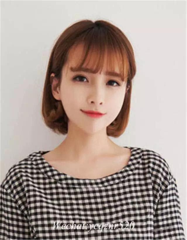 时尚指数:★★★★★ 时尚看点:将短发半扎起来的这款韩式短发发型图片