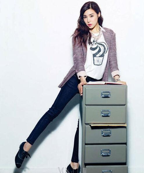 Tiffany黄美英solo爆红 整容对比照差距大