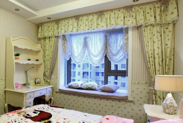 窗帘搭配装饰效果图欣赏