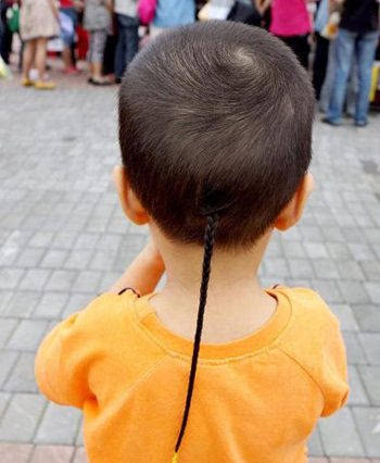 2016儿童辫子发型 2016小男孩梳小辫发型