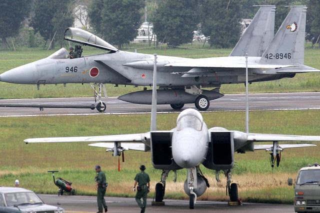 日本在电子战飞机上的就比较可怜了