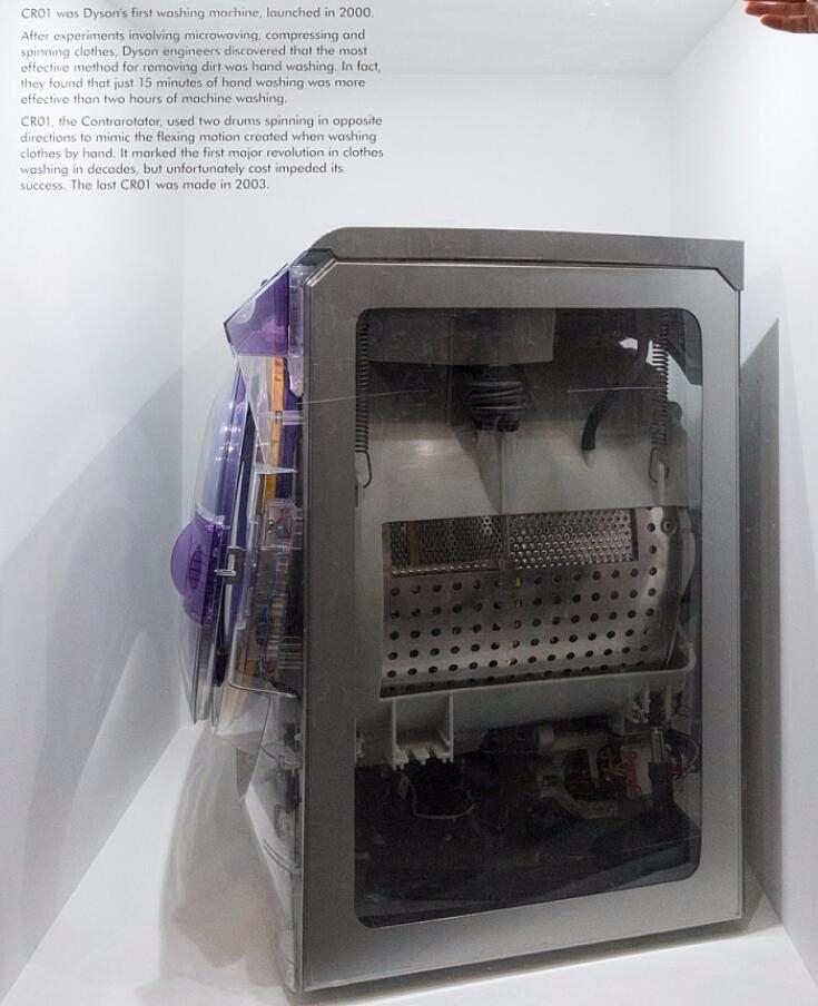 dyson首款洗衣机cr01 ,特色是在15分钟内就完成有如双手手洗的洗衣