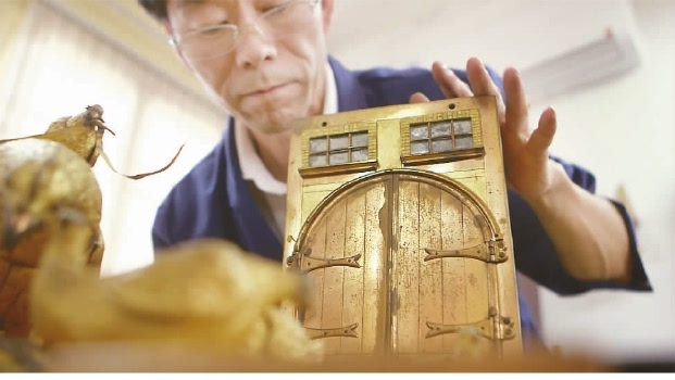 《我在故宫修文物》一片在中央电视台纪录频道播出的时候反响平平.