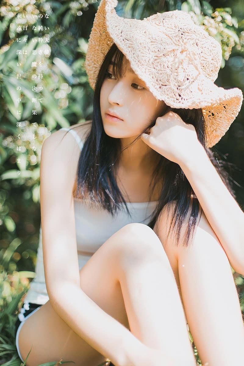 日本清纯美女复古风格写真