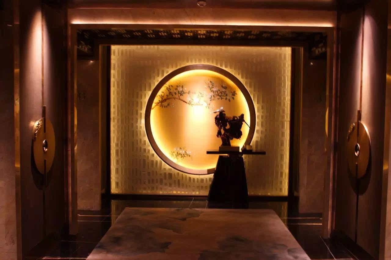 现代中式风客房电梯厅图片