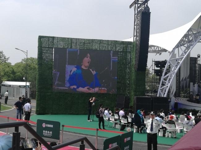 费城交响乐团和上海爱乐乐团联合演绎了歌剧《奥涅金》的波兰舞曲,《e