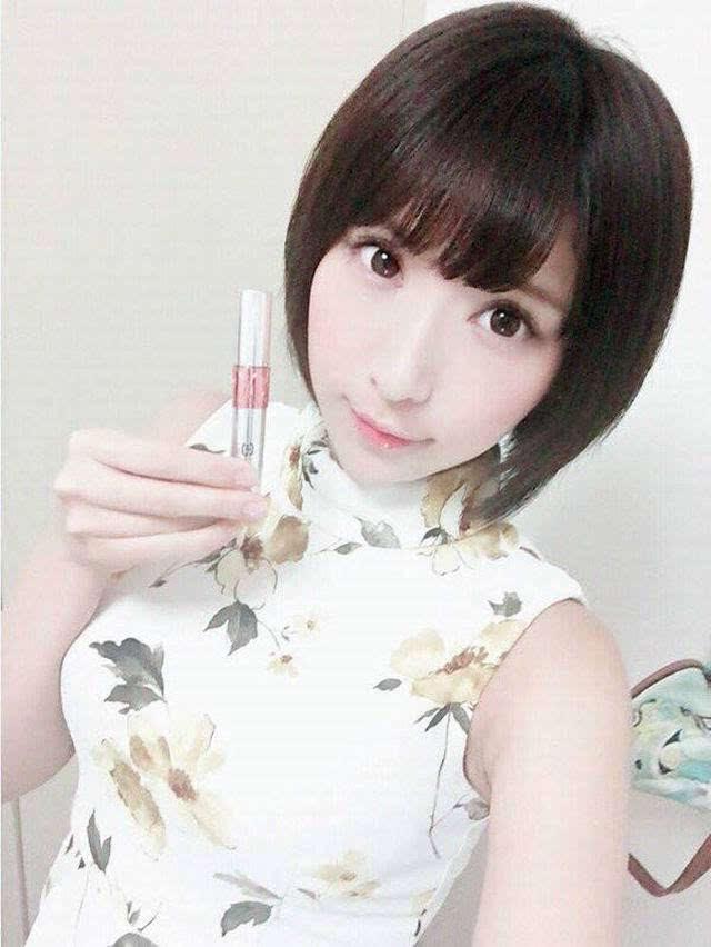 短发美女!日本人气偶像桐生美希海量私房照