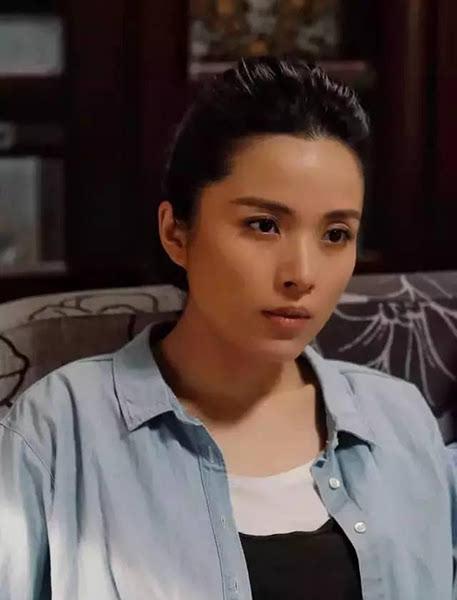 靳东老婆_靳东的老婆李佳资料 靳东儿子的照片曝光