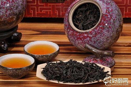 """2、武夷岩茶   武夷岩茶是乌龙茶的始祖,发源于明末清初,""""岩岩有茶,非岩不茶"""",岩茶因而得名."""