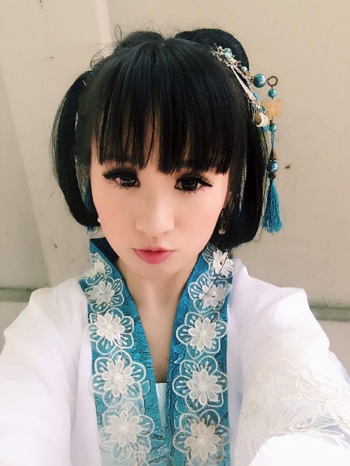 刘海古装美女自拍