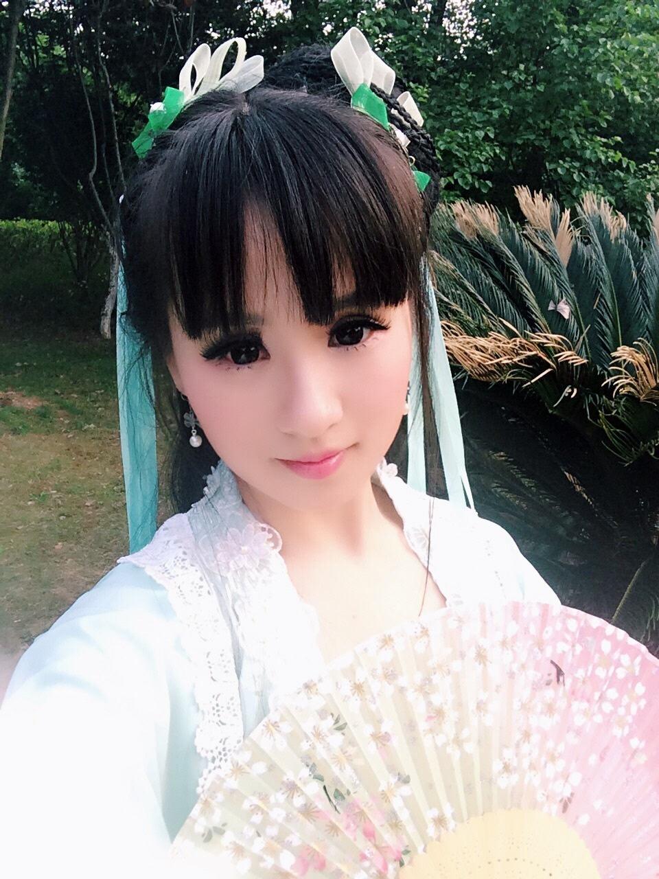 刘海古装美女自拍图片