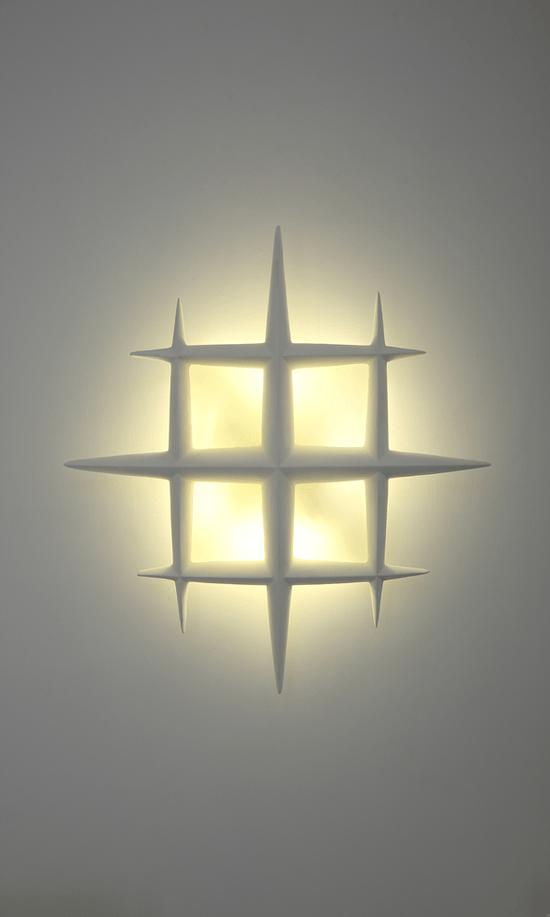 雅穗每件创意壁灯的诞生都有雅穗设计师的心血和灵感,有很多艺术的